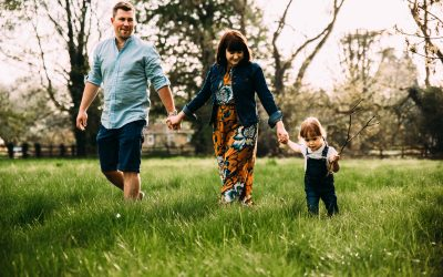 What to wear for your Spring family photo shoot | Northampton family photographer